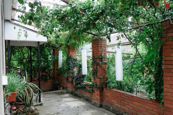 Гостевой дом, улица Ленина, 51 на 7 номеров - Фотография 1