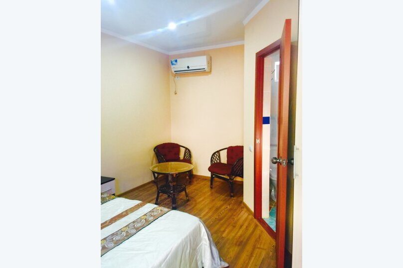 Двухместный номер, в отдельном домике у бассейна , Черноморская улица, 15, Ольгинка - Фотография 2