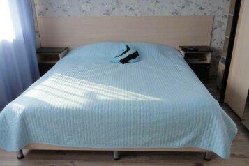 Коттедж (две спальни, гостинная-столовая), 80 кв.м. на 8 человек, 2 спальни, Ильича, Лазаревское - Фотография 2