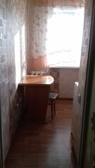 1-комн. квартира, 34 кв.м. на 4 человека, проспект Чонкушова, 13, Элиста - Фотография 2