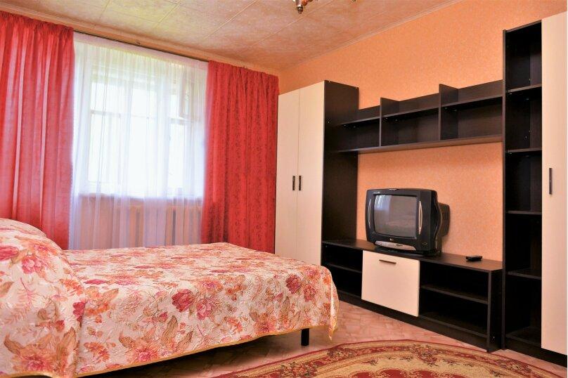 1-комн. квартира, 32 кв.м. на 4 человека, улица Некрасова, 7к2, Ярославль - Фотография 1