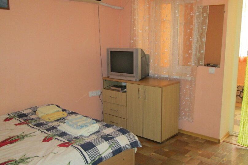 Отдельная комната, Курортная улица, 3, Оленевка - Фотография 1