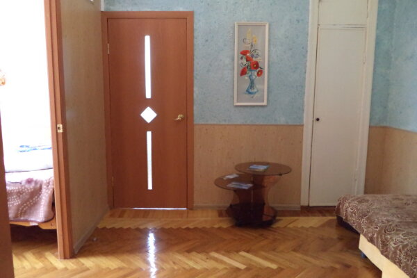 2-комн. квартира, 44 кв.м. на 5 человек, улица Мироненко, 4, Железноводск - Фотография 1