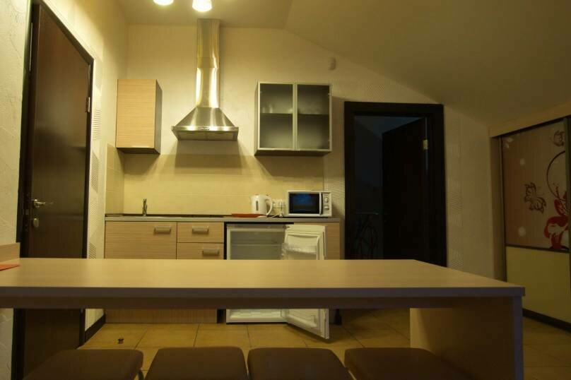 люкс 2-х местный, 2-комн. без балкона, улица Щорса, 27, Ялта - Фотография 8