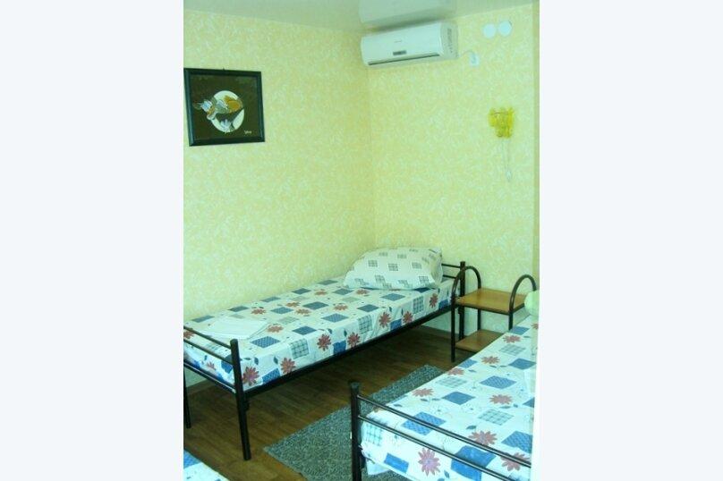 3-х местный номер, Лиманская улица, 62, Ейск - Фотография 1