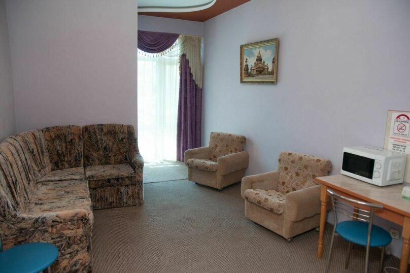 Люкс двухкомнатный с гостинной, улица Автомобилистов, 5А, Симферополь - Фотография 3