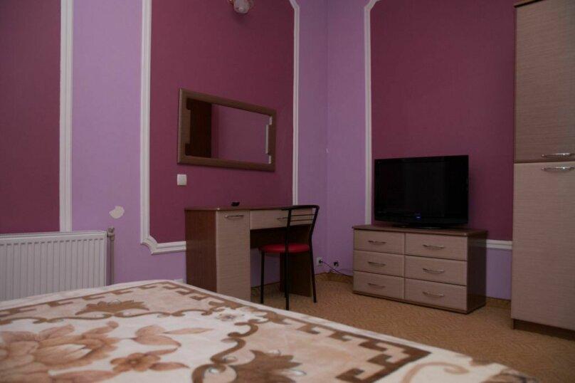 Люкс двухкомнатный с гостинной, улица Автомобилистов, 5А, Симферополь - Фотография 7