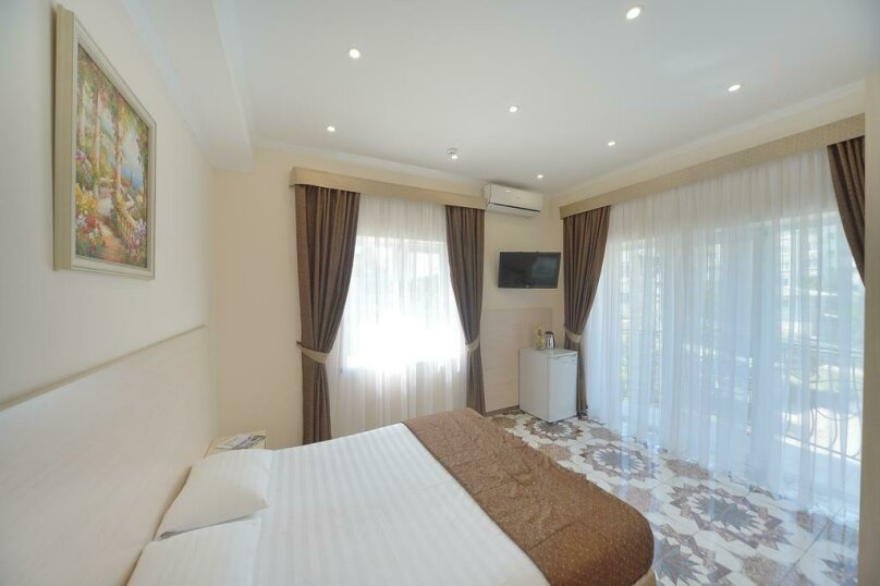Двухместный номер Делюкс с 1 кроватью, улица Лермонтова, 6, Симферополь - Фотография 1