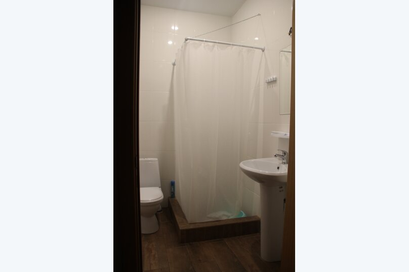 Гостиница 783084, улица Лазарева, 108 на 7 номеров - Фотография 9
