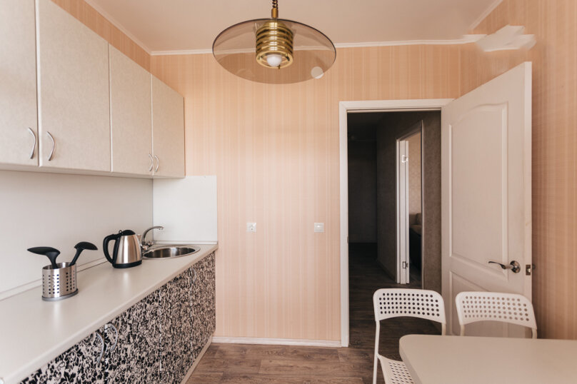 1-комн. квартира, 42 кв.м. на 4 человека, улица Южакова, 28, Вологда - Фотография 5