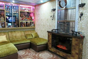 Дом, 75 кв.м. на 5 человек, 2 спальни, Октябрьская улица, Ейск - Фотография 1