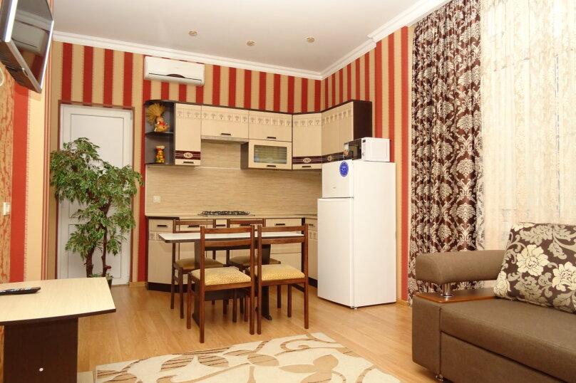Отдельная комната, улица Ленина, 131, Адлер - Фотография 1
