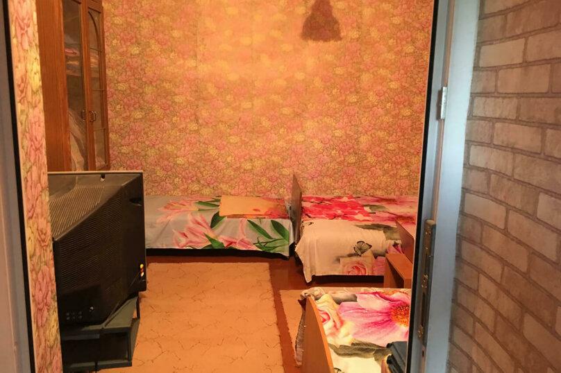 Дом, 50 кв.м. на 8 человек, 3 спальни, 50 кв.м. на 8 человек, 3 спальни, С.Романа, 26, Ейск - Фотография 5
