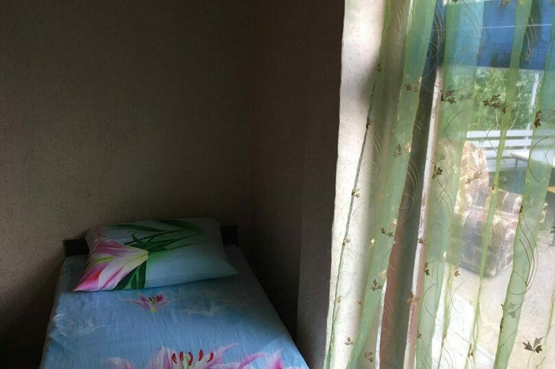 Дом, 50 кв.м. на 8 человек, 3 спальни, 50 кв.м. на 8 человек, 3 спальни, С.Романа, 26, Ейск - Фотография 11