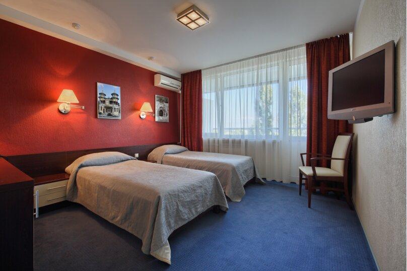 Комфорт двухместный с двумя кроватями, 1-я Бульварная улица, 17, Пятигорск - Фотография 1