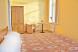 Семейный номер с двумя спальнями и общей ванной комнатой:  Номер, Стандарт, 5-местный (4 основных + 1 доп) - Фотография 33