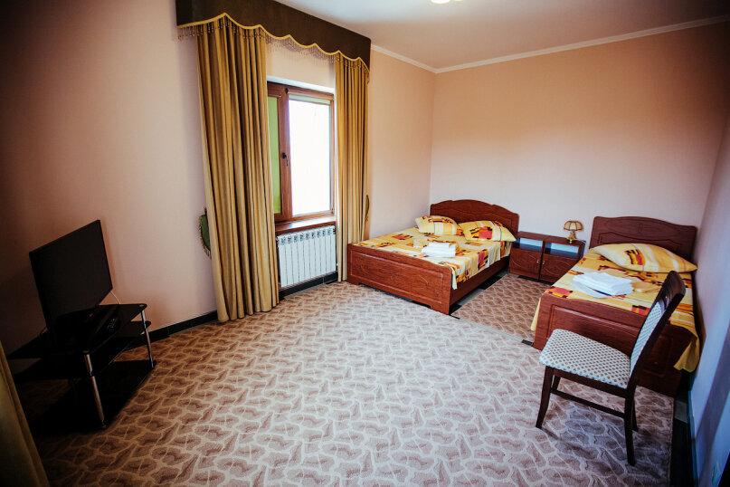 Полулюкс 2-х комнатный, улица Воровского, 17, Симферополь - Фотография 4
