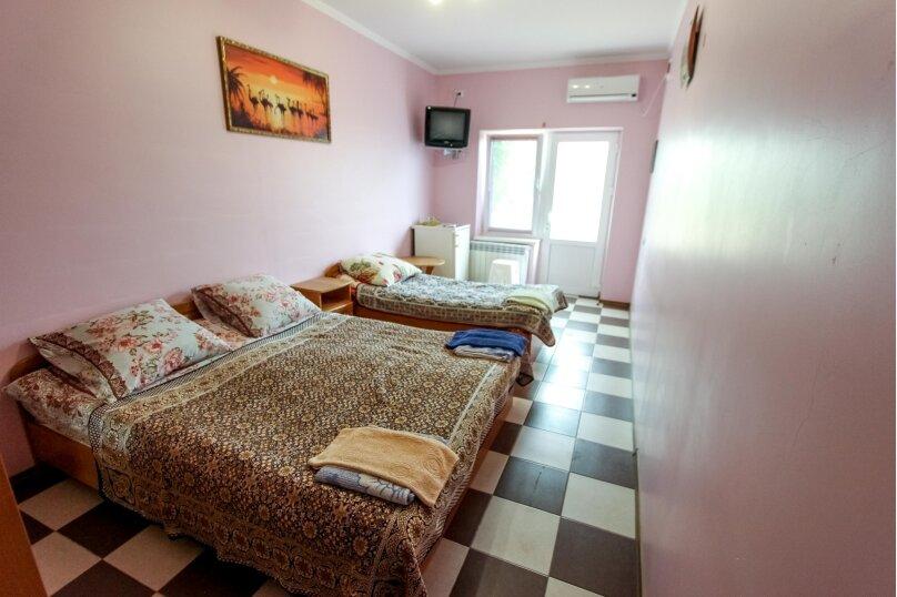 """Мини-отель """"Максим"""", Лучистая, 27 на 13 комнат - Фотография 21"""