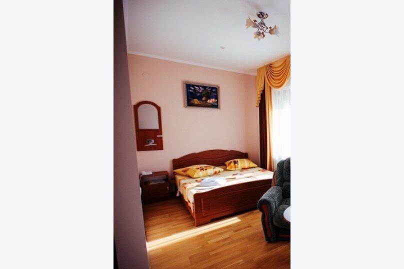 Полулюкс одноместный, улица Воровского, 17, Симферополь - Фотография 3