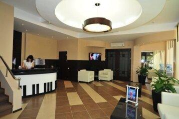 Отель , Революционная улица на 12 номеров - Фотография 1