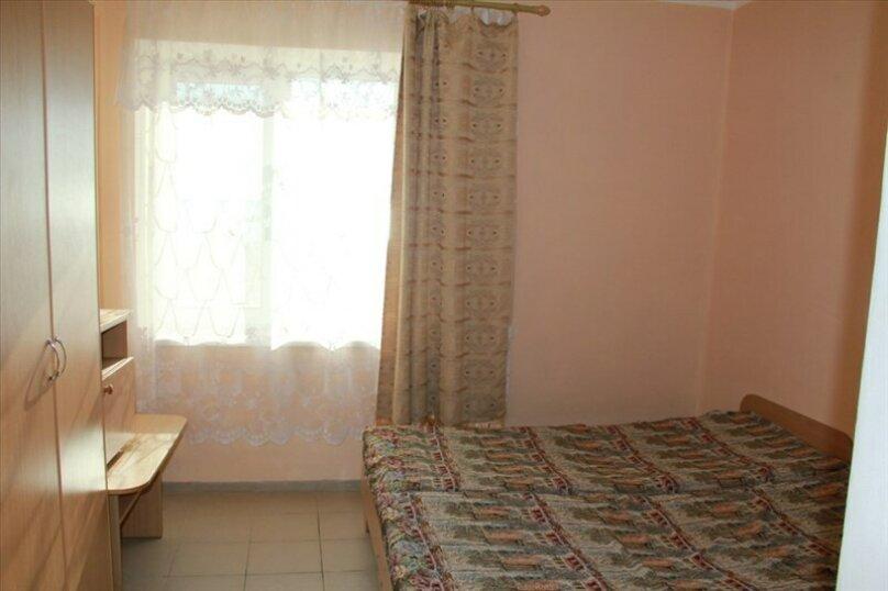 """Гостевой дом """"На Морской 4"""", Морская улица, 4 на 18 комнат - Фотография 3"""