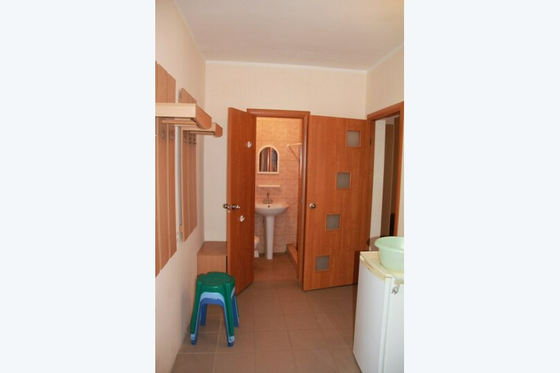 """Гостевой дом """"На Морской 4"""", Морская улица, 4 на 18 комнат - Фотография 6"""