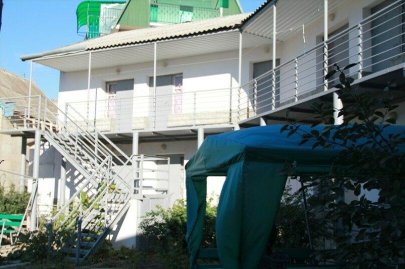 """Гостевой дом """"На Морской 4"""", Морская улица, 4 на 18 комнат - Фотография 34"""