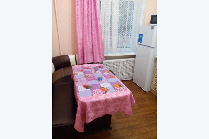 2-комн. квартира, 45 кв.м. на 4 человека, улица Титова, 11, Ессентуки - Фотография 12