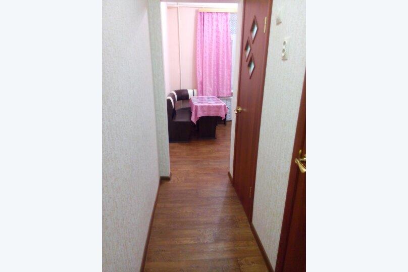 2-комн. квартира, 45 кв.м. на 4 человека, улица Титова, 11, Ессентуки - Фотография 16