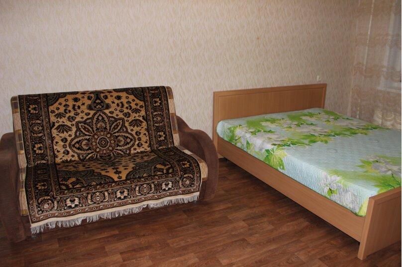 1-комн. квартира, 34 кв.м. на 4 человека, улица Дзержинского, 11, Тольятти - Фотография 6
