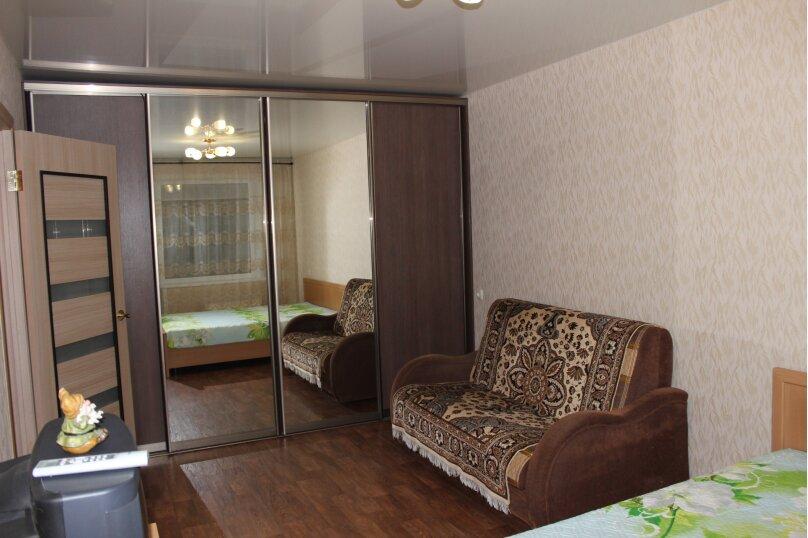 1-комн. квартира, 34 кв.м. на 4 человека, улица Дзержинского, 11, Тольятти - Фотография 12