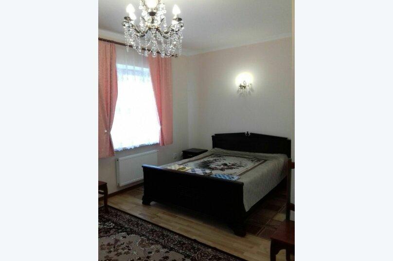 Дом  для до11 человек  под ключ  3 изолированные комнаты, 300 кв.м. на 11 человек, 3 спальни, улица Мелиораторов, 29, Суздаль - Фотография 7