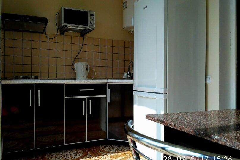 Коттедж , 80 кв.м. на 6 человек, 2 спальни,    с.Веселое ул.Мичурина, 26, Судак - Фотография 8