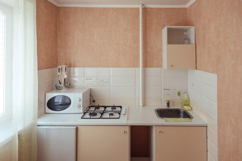 2-комн. квартира, 48 кв.м. на 7 человек, Комсомольская улица, 46, Тольятти - Фотография 6