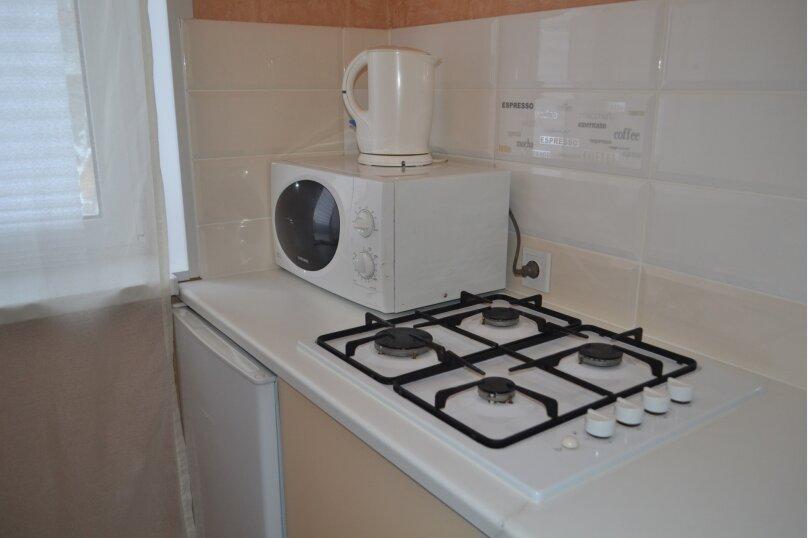 2-комн. квартира, 48 кв.м. на 7 человек, Комсомольская улица, 46, Тольятти - Фотография 8