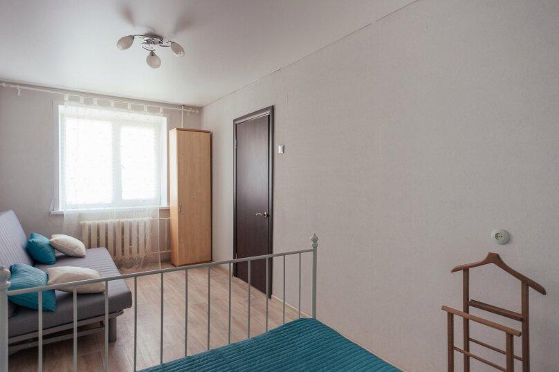 2-комн. квартира, 48 кв.м. на 7 человек, Комсомольская улица, 46, Тольятти - Фотография 11