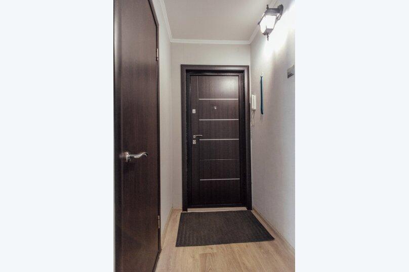 2-комн. квартира, 48 кв.м. на 7 человек, Комсомольская улица, 46, Тольятти - Фотография 17