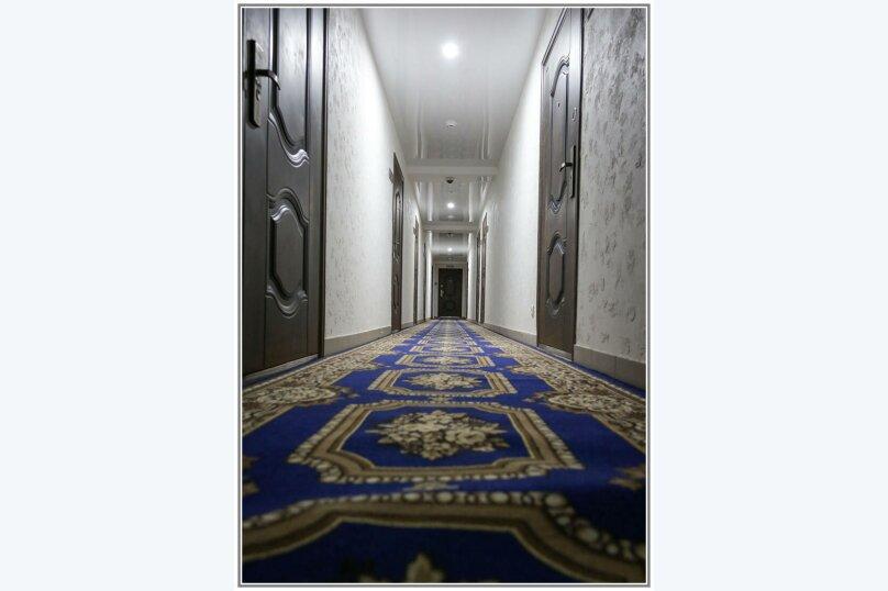 """Отель """"Абажур"""", улица Льва Шатрова, 23 на 16 номеров - Фотография 33"""