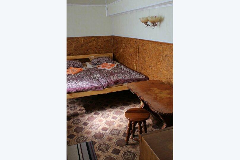 Стандарт двухкомнатный 3-х местный с кухней, Набережная, 4, Штормовое - Фотография 6
