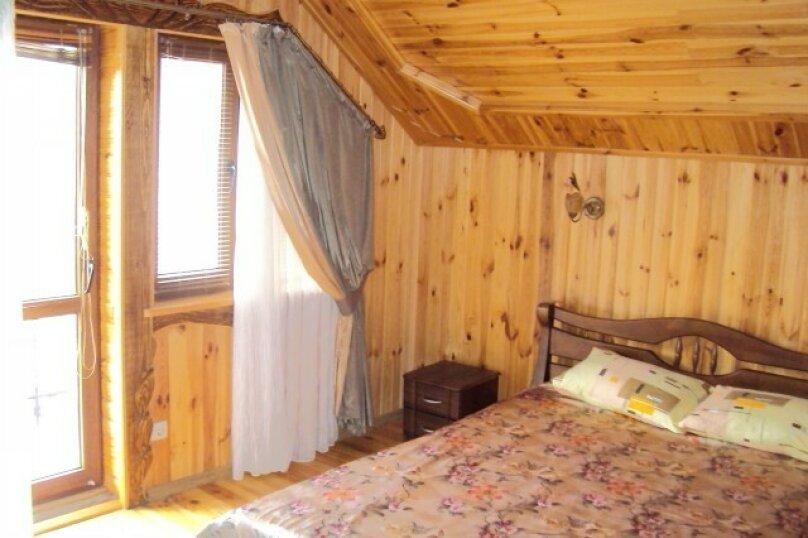 Двухэтажный деревянный сруб, 80 кв.м. на 6 человек, 3 спальни, улица Евпаторийская, 27, село Прибрежное (Евпатория) - Фотография 16