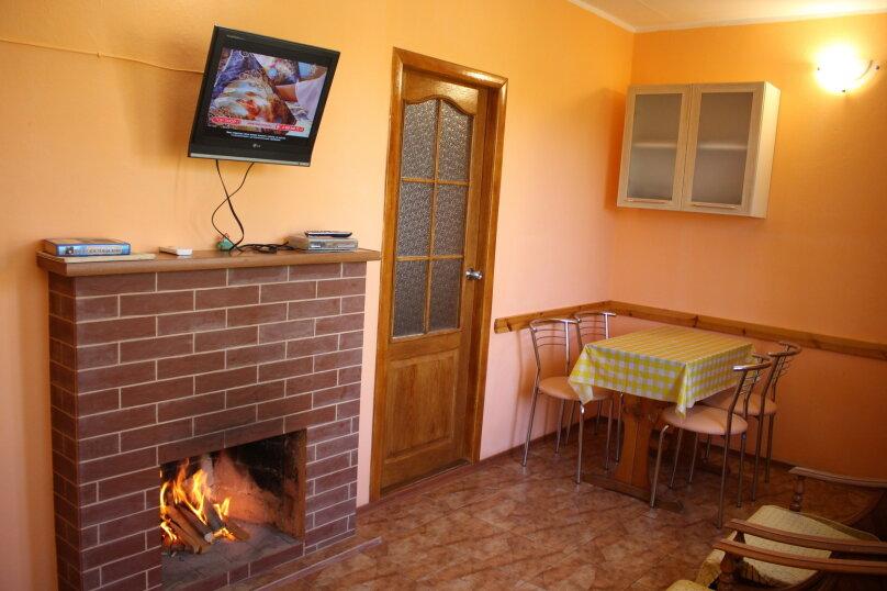 Гостевой дом для летнего отдыха., 70 кв.м. на 8 человек, 4 спальни, Дачная, 9, поселок Орджоникидзе, Феодосия - Фотография 12