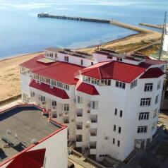 Мини-отель , Черноморская набережная на 9 номеров - Фотография 1