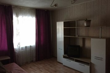 1-комн. квартира, 35 кв.м. на 4 человека, Невьянский переулок, 1, Екатеринбург - Фотография 1