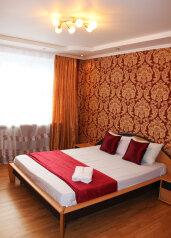 2-комн. квартира, 66 кв.м. на 6 человек, улица Николая Семёнова, Тюмень - Фотография 2
