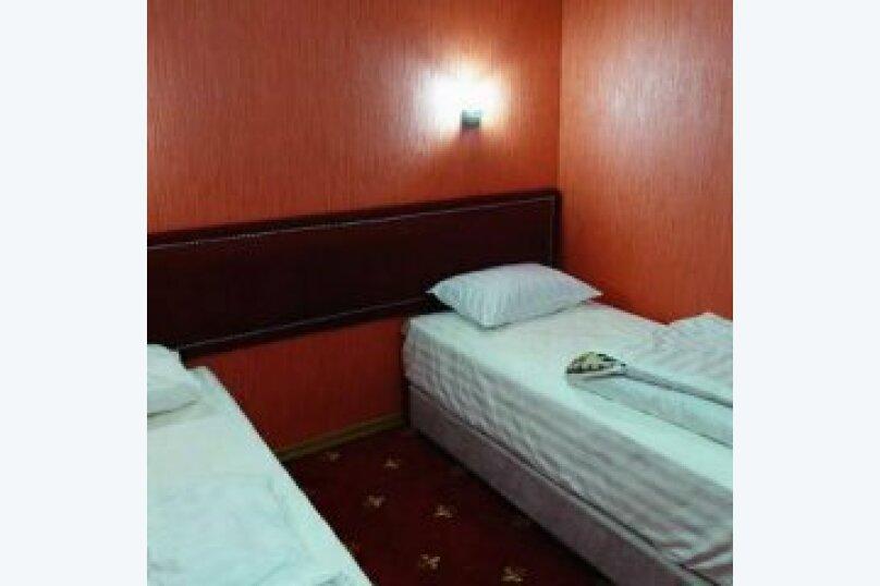Стандартный двухместный номер с отдельными кроватями, Тувинская улица, 11, Краснодар - Фотография 1