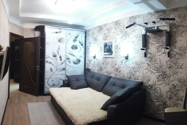 2-комн. квартира, 40 кв.м. на 4 человека, улица Ленина, 146, Адлер - Фотография 1