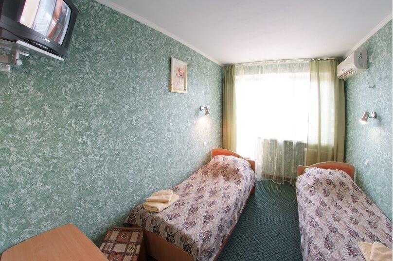 Стандартный 2-х местный номер, Черноморский тупик, 8, Феодосия - Фотография 1