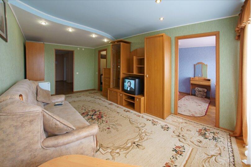 2-х комнатный люкс в корпусе , Черноморский тупик, 8, Феодосия - Фотография 1