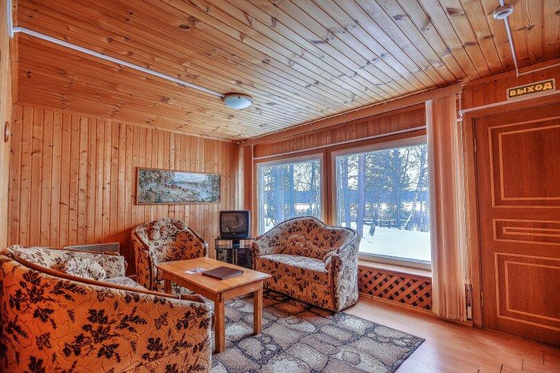 3-х комнатный номер с видом на озеро, ст. Шуйская улица, 1, Петрозаводск - Фотография 1