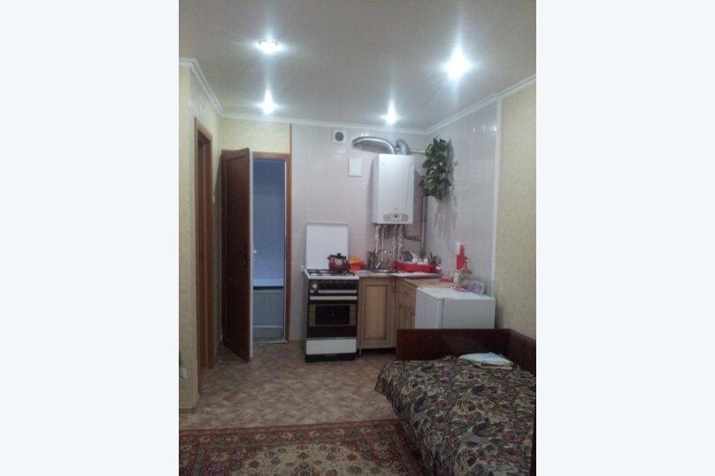 2-комн. квартира, 29 кв.м. на 3 человека, ул. Власова, 23, Пятигорск - Фотография 1